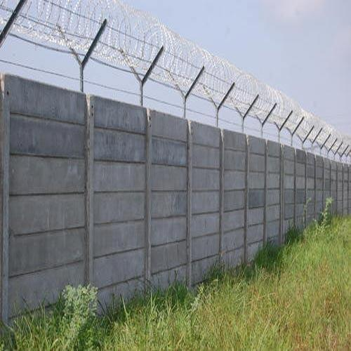 Precast Wall With GI Barbed Wire Fencing